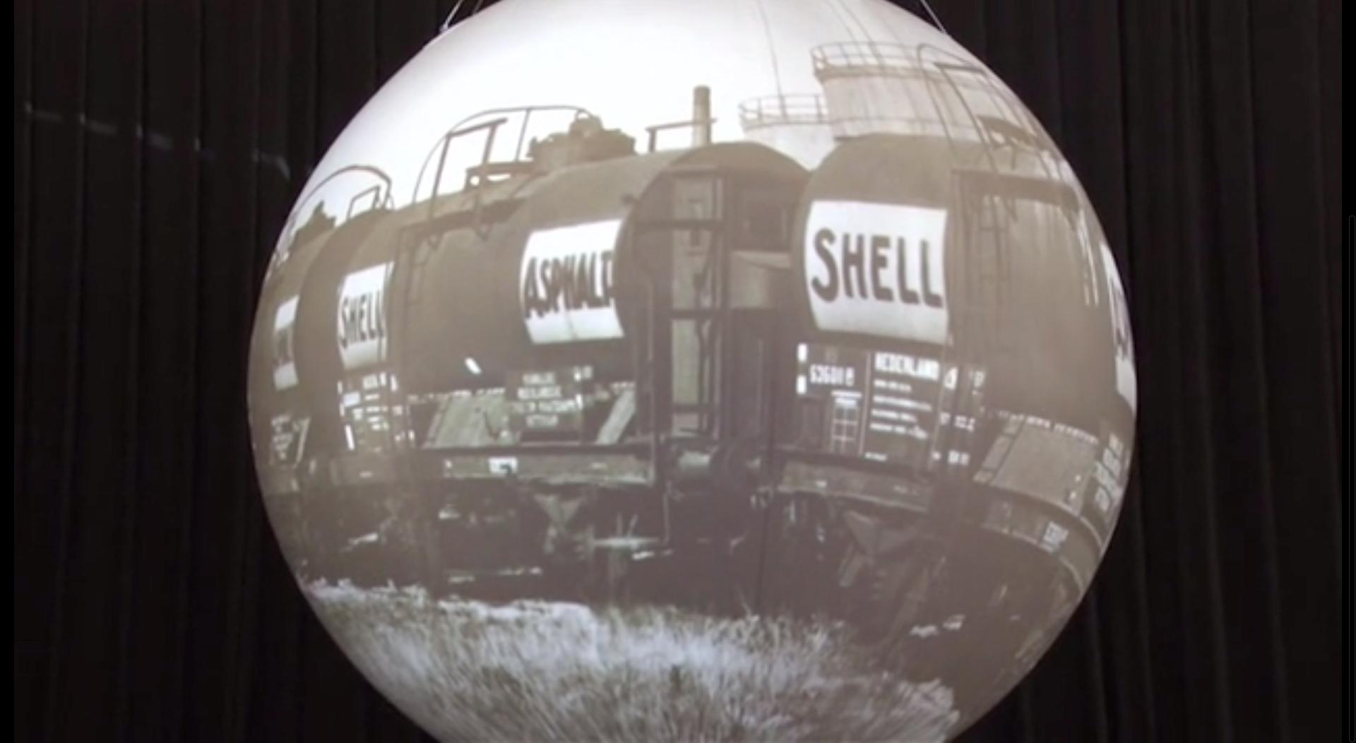 Videomapping bij 100 jaar innovatie Shell