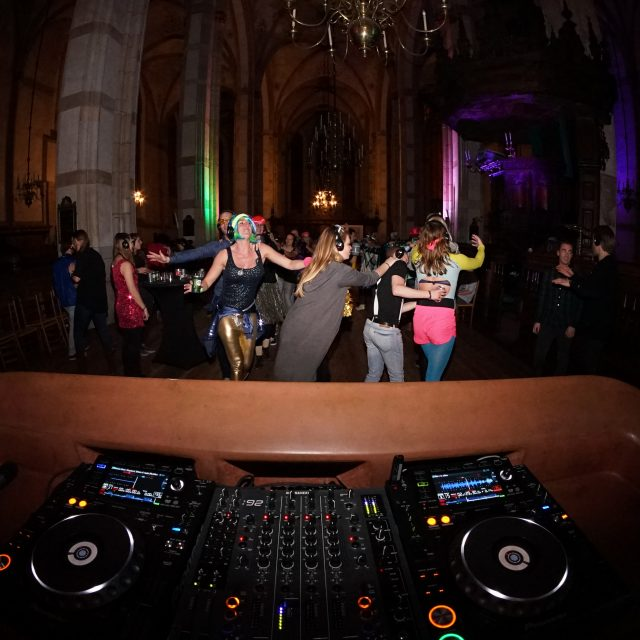Silent DJ show
